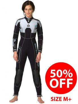 CLEARANCE - 50% OFF - Waterproof W4 5mm Womens Wetsuit M+